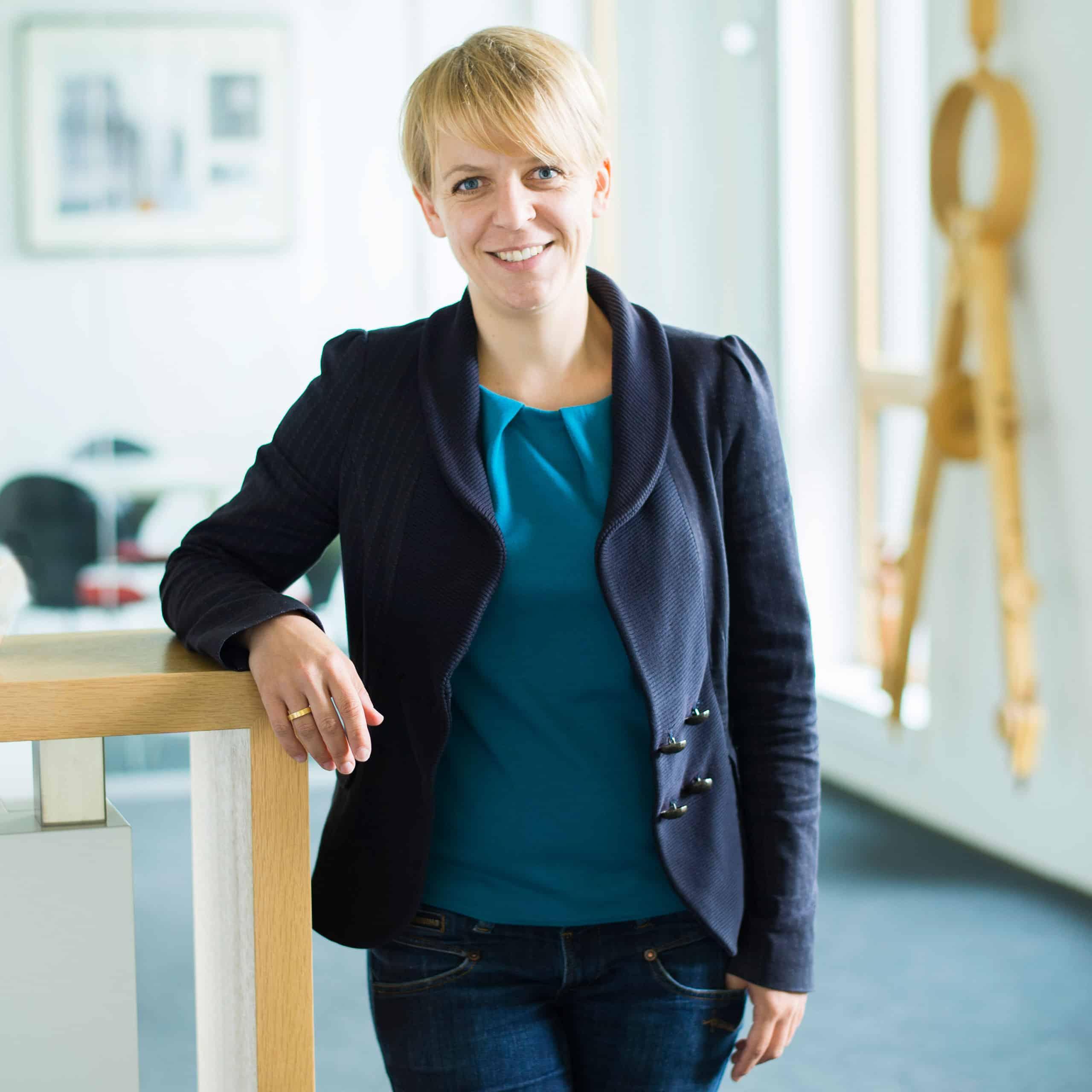 Lena Hülsmeier | Dipl.-Des. (FH) | Prokuristin, Bauzeichnung/Modellbau | PLAN.CONCEPT Architekten GmbH
